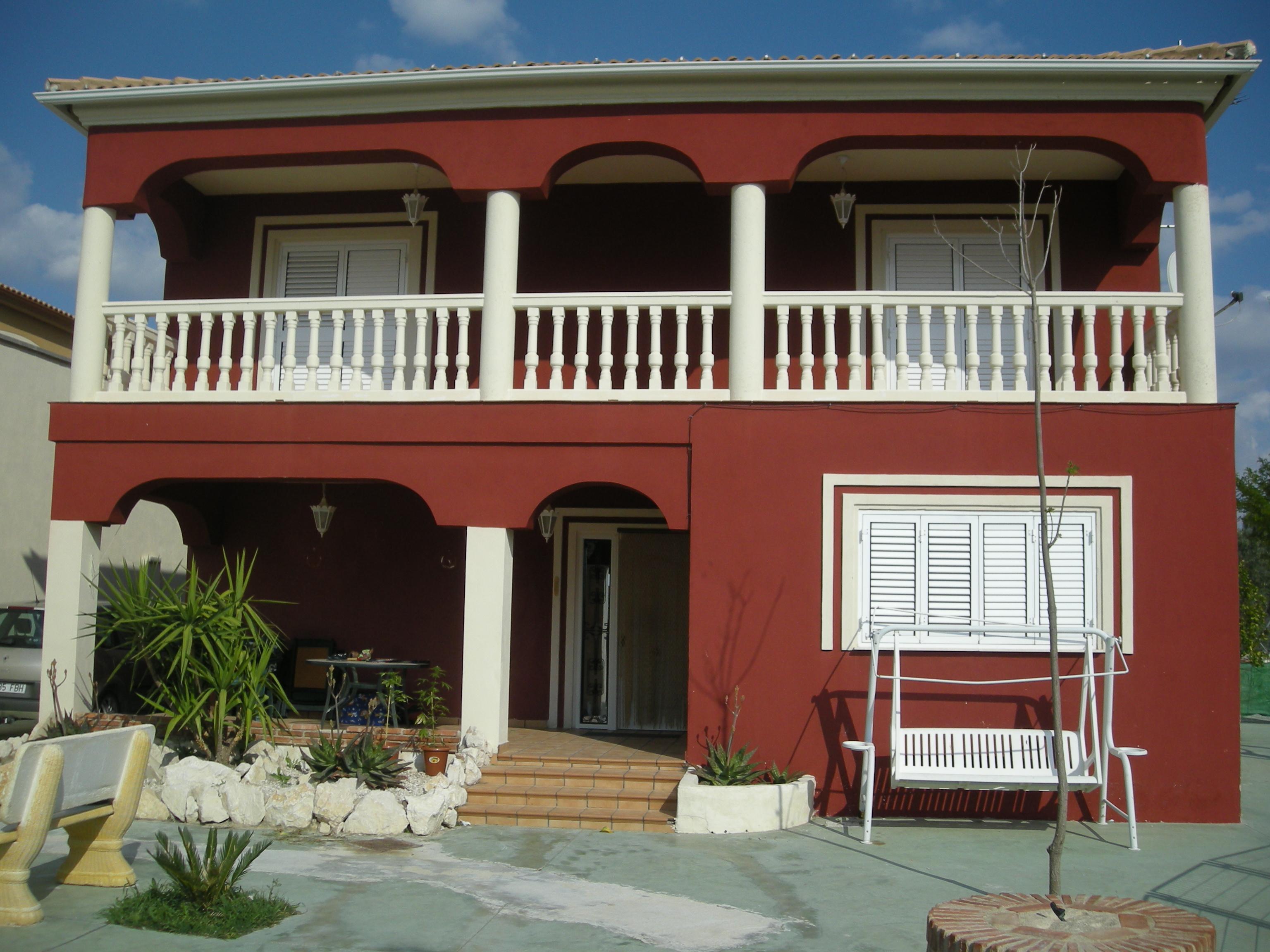 Fotos de fachadas de casas modernas de dos pisos for Fachadas casas de dos pisos pequenas